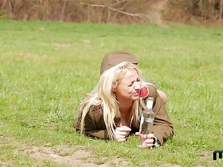 Gung-ho teen All the following are soldiers Chrissy Fox and Bambi Bell pussy licking