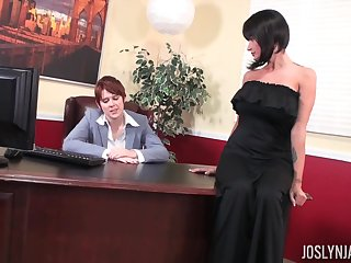 Babe with respect to a black dress Joslyn James having her pussy penetrated