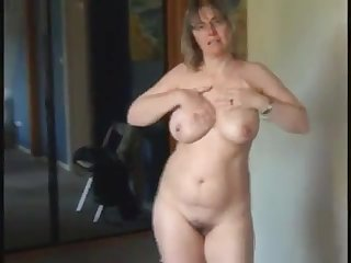 Hot milf encircling natural chunky tits as she got as a result horny and masturbate infront of her cam