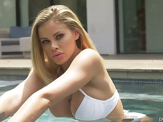 Leggy tall smooth talker Jessa Rhodes is making love in the shower and in the verge room