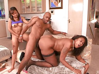Chocolate girl Melody Nakai feeds her pussy with a glowering Hawkshaw